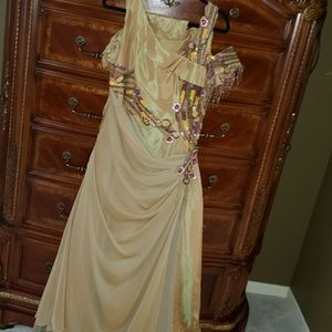 Dresses & Skirts - Evening dress
